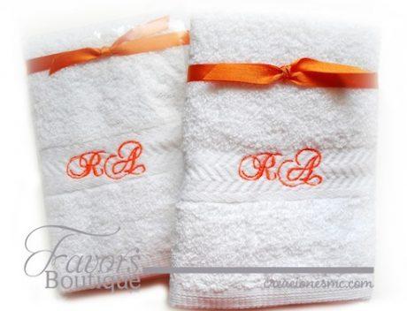 creaciones mc recuerdos boda toallas bordadas boda e1515902552406 - Recuerdos Boda